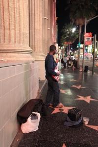 Sokak sanatcisi